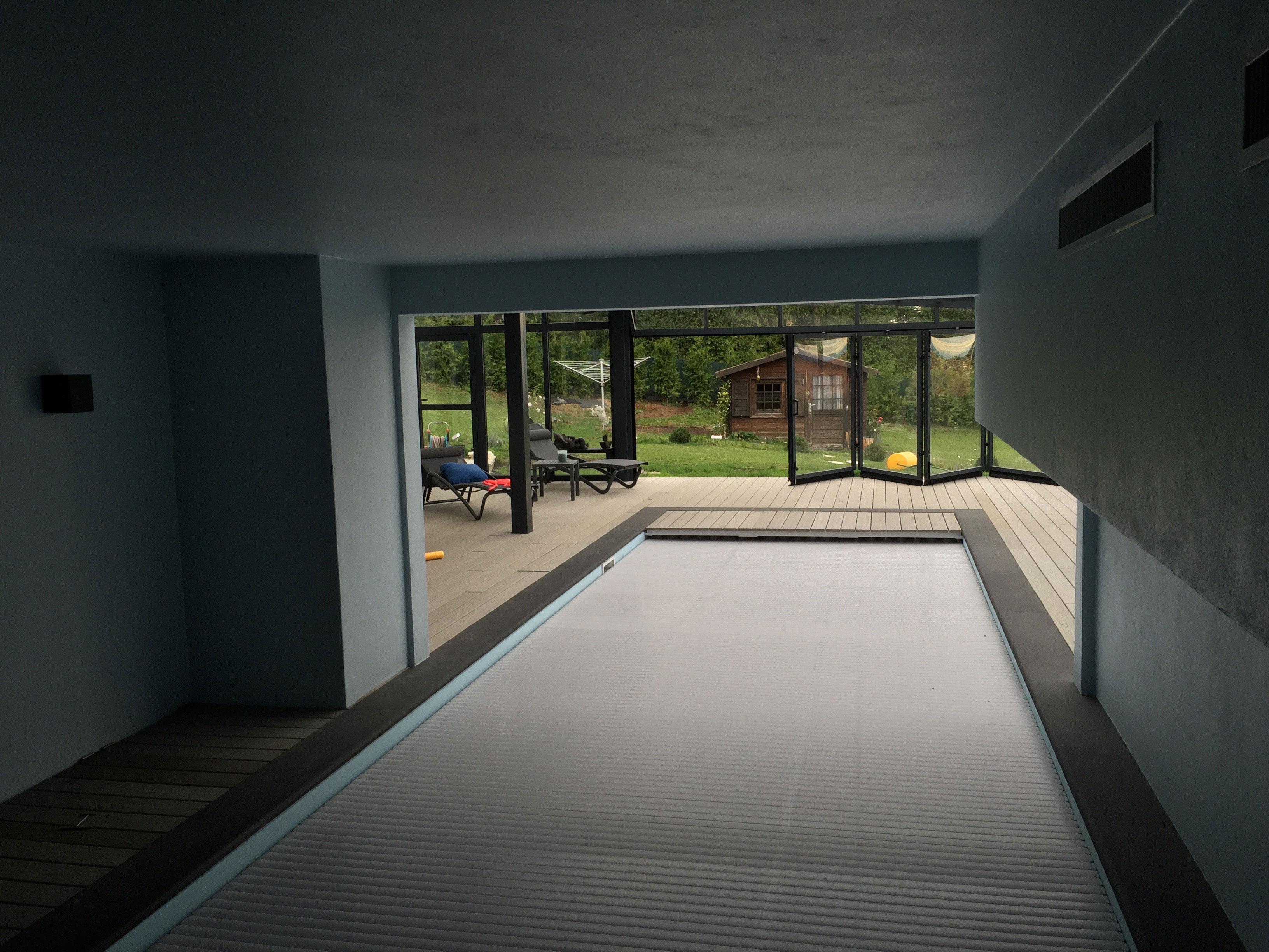 Entourage piscine int rieur ext rieur as menuiserie - Entourage de fenetre exterieur ...