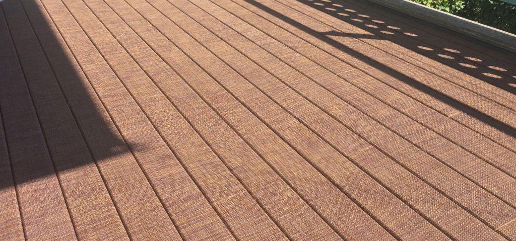 terrasse en bois composite tressée