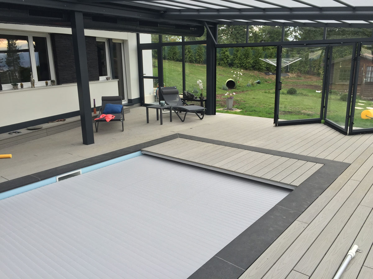 Entourage Piscine en lame bois composite LD